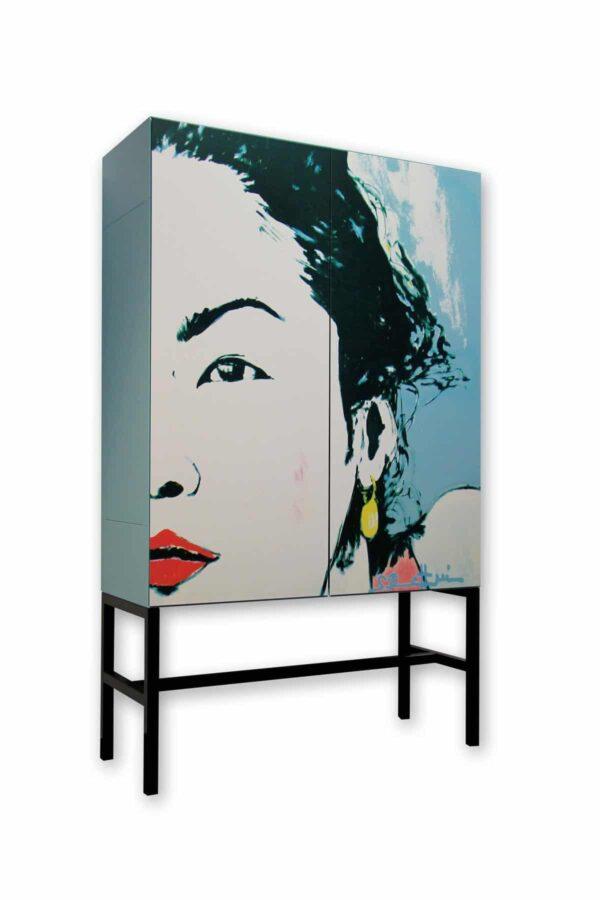 Sideboard. Design Highboard. Designermöbel. Stylische Kommode.