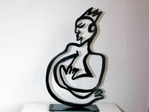 Skulptur modern. Metallskulptur. Abstrakte Figur. Moderne Statue aus Metall schwarz