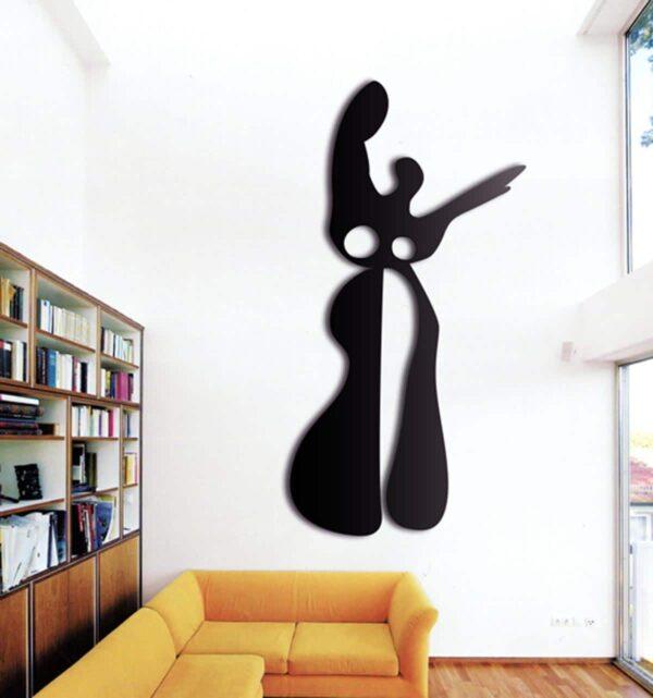 Wandobjekt. Große abstrakte Wandskulptur. Wanddekoration aus Metall.
